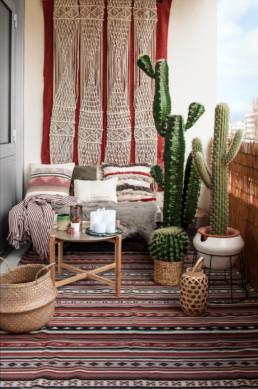 Decoration d'un balcon inspiré du désert par Atelier Züger
